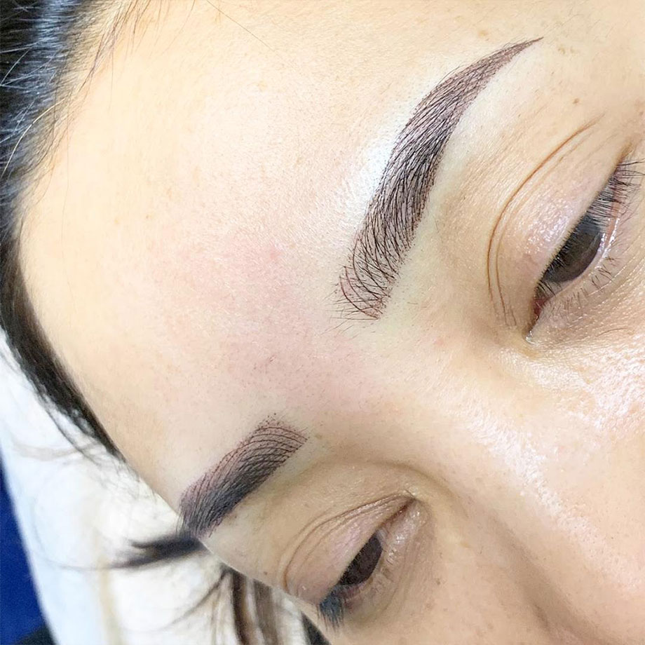 microblading and shading Eyebrow Embroidery singapore
